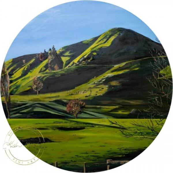 Original oil painting of a Green Farmland painting of Waikato Hills by Artist Kirsten McIntosh of Kirsten McIntosh Art